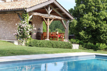 Holiday rental with pool close to Bergerac